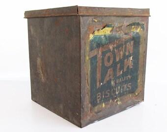Rare 1910s-20s Town Talk Biscuits Tin - Washington Cracker Company - Spokane, WA