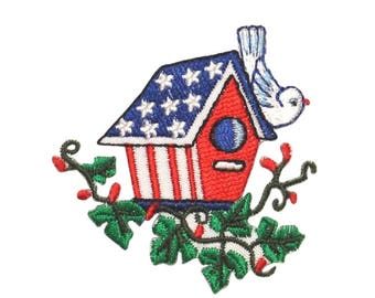 ID 1081 Patriotic Birdhouse Patch America Tree Nest Embroidered Iron On Applique
