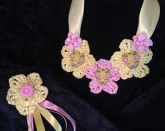 Crochet Girl's Frog Necklace & Barrette
