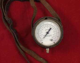Vintage Gauge Reader with Leather Case and Carrying Strap Temperatures Fahrenheit Steam Thermostat Celsius Furnace meter steampunk antique