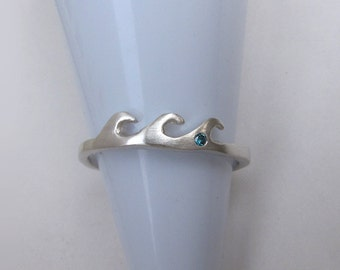 Wave Ring, Blue Diamond Silver Wave Ring, Unique Stack Ring, Diamond Nature Ring, Nature Jewelry, Surfing Ring, Beach Ring