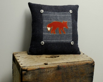Charcoal Fox Pillow Wool Cabin Accent Woodland