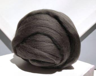 Warm Grey Merino Roving, grey wool roving, Felting Wool, Spinning Fiber, gray grey, medium grey, gray roving, carbon roving