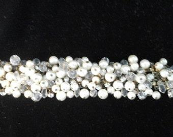 Vintage beaded and rhinestone braceletwith swing clasp