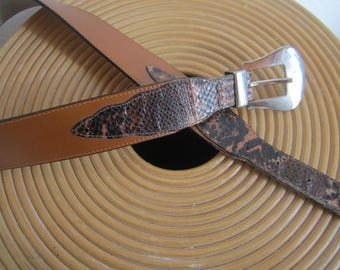 Vintage of 80s leather belt leather belt