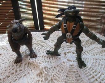 Teenage Mutant Ninja Turtles - Leonardo and Splinter Figures