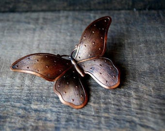 Mod vintage 60s, copper butterfly brooch with a  raised dots. Free shipping.