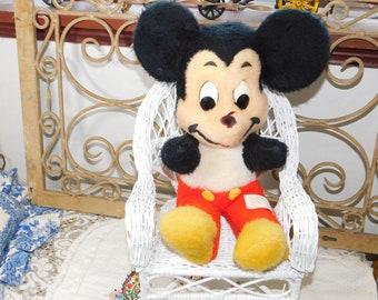 Mickey Mouse Walt Disney, Vintage Stuffed Mickey Mouse, Vintage Mickey Mouse, Vintage Disney Toys, Vintage Stuffed Toys, Vintage Toys :)s*