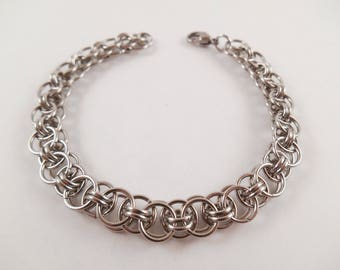 Helm's Weave Bracelet - Stainless Steel Helm's Weave Chain Maille Bracelet