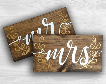 """Mr and Mrs Chair Signs 
