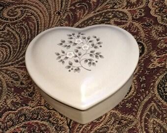 Pfaltzgraff Beige Heart Trinket Box