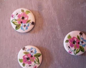Buttons x 4 flower patterns