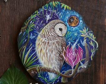 Barred owl, original painting on wood, decoration to hang