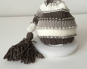 Long tail newborn hat
