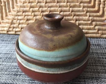 Small lidded bowl