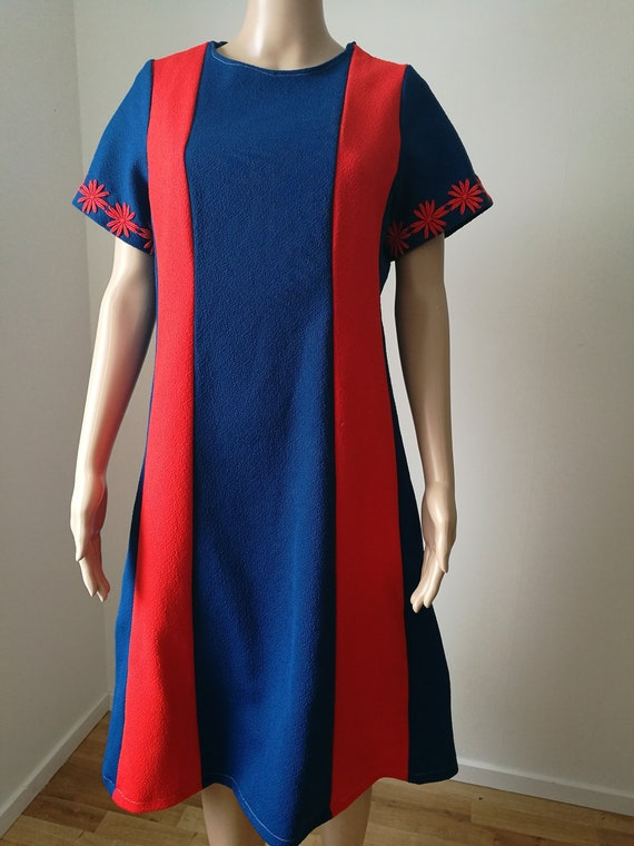 Vintage mod 1960's space age scooter go-go red blue color block bold stripes floral sleeves size L