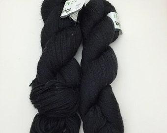 1/2 n 1/2 Kollage yarn colorway Midnight