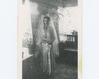 Vintage Snapshot Photo: Diaphanous Bride (712626)