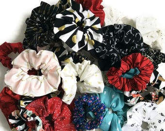 CUSTOM Mom and me hair scrunchies set, mother daughter scrunchies, child scrunchie, adult scrunchy, women scrunchies, girl hair scrunchies
