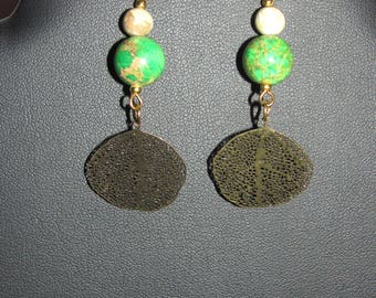 Earrings Variscites and fine gold leaf