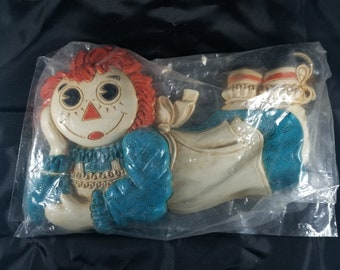 Vintage RAGGEDY ANN Plastic Wall Hanging New in Bag