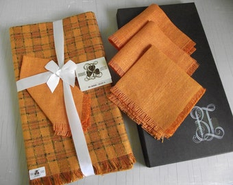 Irish Linen Table Cloth And Napkin Set , Vintage Brown's Shamrock Linens , Retro Orange Linen 52 Inch Tablecloth , Place Setting for Four