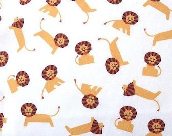 Japanese children Sevenberry fabric - Cotton - little lions on a white background - 50cm (110 x)
