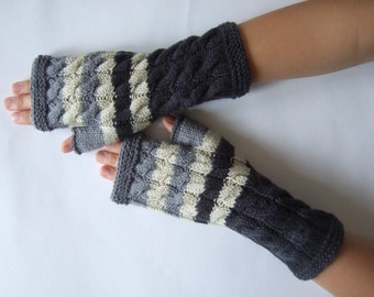 Handmade GRAY ( multicolor ) fingerless gloves, wrist warmers, fingerless mittens. Knitted of 100 % wool.