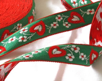 Vintage Jacquard Sewing Ribbon Trim, Green, Red, and White heart flower trim - 3 yards