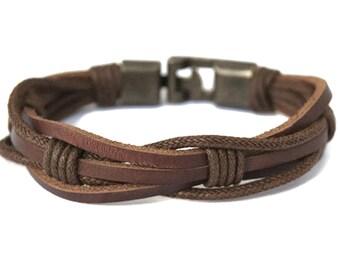 Mens Leather bracelet Mens Gifts Under 30 Boyfriend Gift For Dad Husband Gift Mens Braided Letaher Bracelet Mens Anniversary Gift for Him