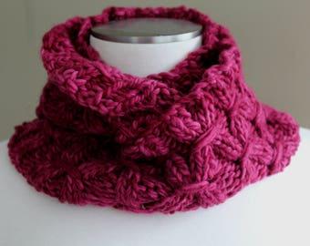 Corsa Rot Merino-Wolle-Infinity-Schal, Grobstrick Merino Schal weicher Schal, warme Winter-Schal, Hand Merino stricken lila Schal, Luxus