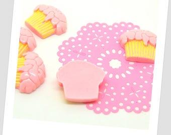 5 cupcake pink resin cabochons