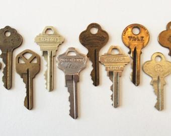 Vintage Key Lot:  Silver & Brass Jewelry Supplies, Etc. Schlage Cole Jeco Beishir Overhead Door