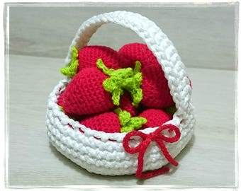Strawberries Basket, Crochet Berries, Amigurumi, Pretend Play Toy, White Basket, Baby Shower Gift, Home Decor, Nursery Decor, Rope Basket