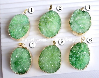 Druzy pendant Gold plated Edge Druzy Pendant in Mint Green color, Drusy Jewelry Making JSP-7025