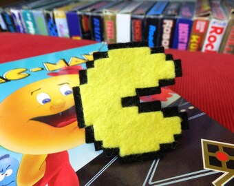 Pac-Man arcade felt ring