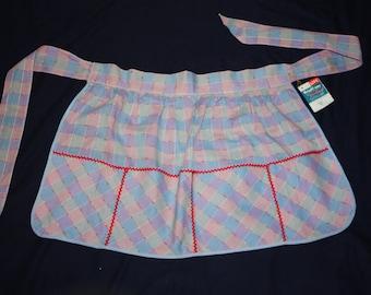 New vintage pastel plaid apron