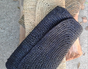 Circular Crochet Raffia Clutch