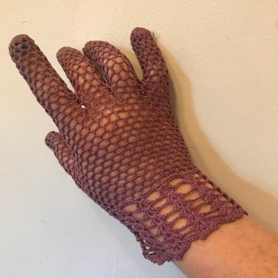 vintage crochet gloves mulberry handmade lace shorties wrist length purple size 6 vintage bridal wedding bridesmaid 1920s 1940s lacy 30s