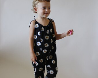 Roo Romper / PDF sewing pattern / Children's sizes 12 months to 5T / Instant download