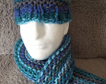 Ladies Chunky Hat and Scarf.