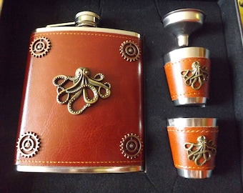 Steampunk flask and cup set brown leather - mens gift - steampunk octopus flask - kraken - Cthulhu flask - steampunk flask