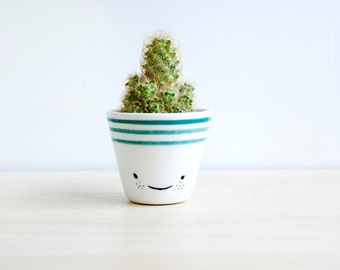 Ceramic planters, Ceramic planter, Succulent planter, Ceramics & pottery, Flower plant pot, kawaii house, kawaii ceramic, cacti planter ESM