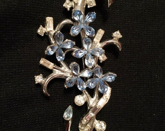 Unsigned Rhinestone Floral Spray Brooch / Pin