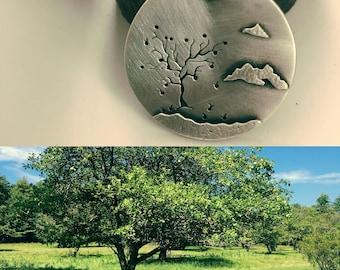 fall apple tree