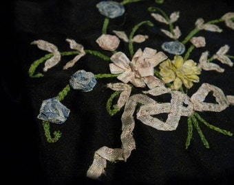 Ribbon Work Pastel Bouquet on black fabric FABULOUS (FFs1159)