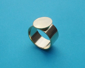 Gold Adjustable Ring 10mm Plain Band with 13mm Round Base Setting for a Flat Back Cab or Jewel 1pc