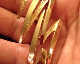 Pretty Trifari Gold Lightening Bolt Brooch