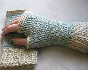 Crochet Pattern - Fingerless Gloves - Split Stitch