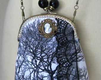 Gloomy tree - Shoulder bag